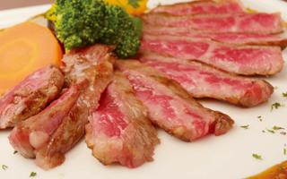 加古川「志方牛」のステーキ(サーロイン)